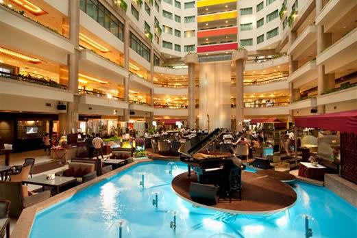 ハワードプラザホテル(福華大飯店)
