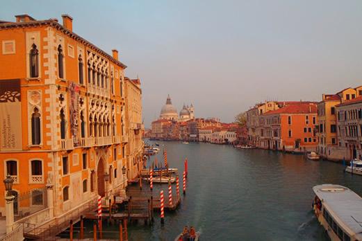 運河の風景(ベネチア)/イメージ